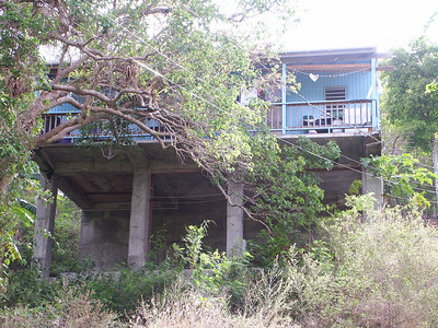 A house in the woods above Coral Bay   (Jul 01, 2002, 09:16am)