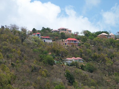 Houses overlooking Soper's Hole   (Jul 01, 2002, 12:51pm)