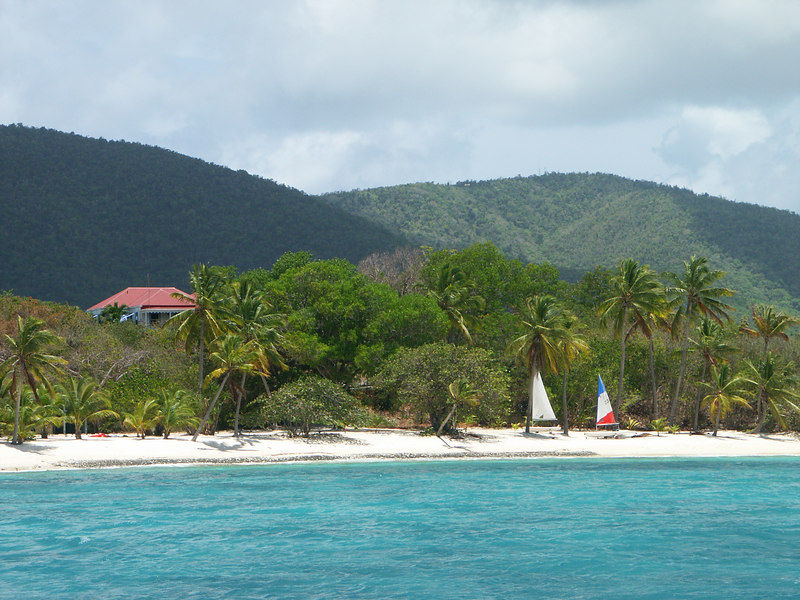 <b>Nice beach on west end of Tortola</b>   (Jul 01, 2002, 12:41pm)