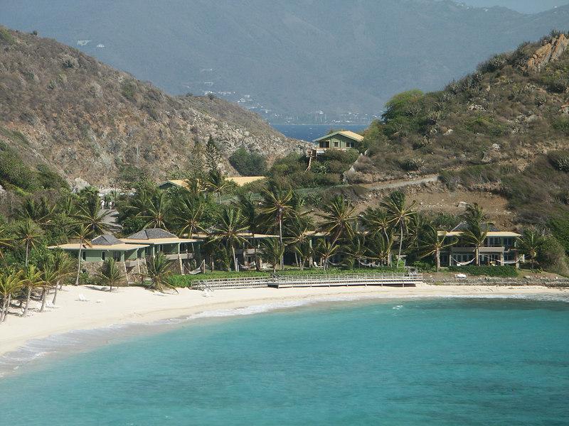 <b>Beachfront suites on Deadman's Bay, Peter Islan</b>   (Jul 03, 2002, 08:55am)