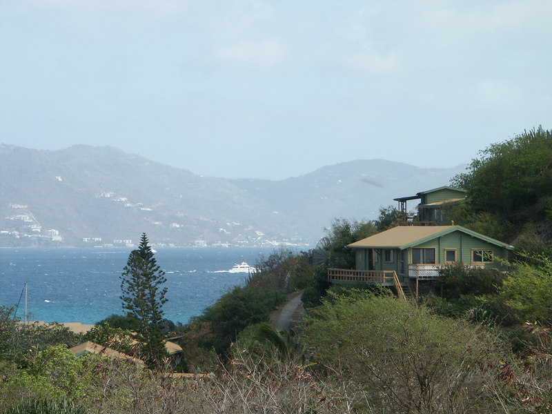 <b>Peter Island homes with a view of Tortola</b>   (Jul 03, 2002, 09:17am)