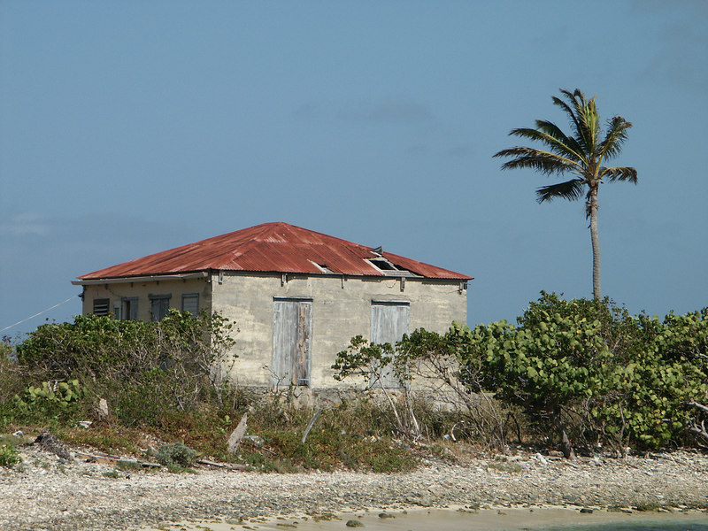 <b>Old house on Sprat Bay, Peter Island</b>   (Jul 03, 2002, 09:30am)