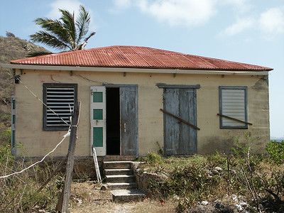 The front of the old house on Sprat Bay   (Jul 03, 2002, 09:33am)