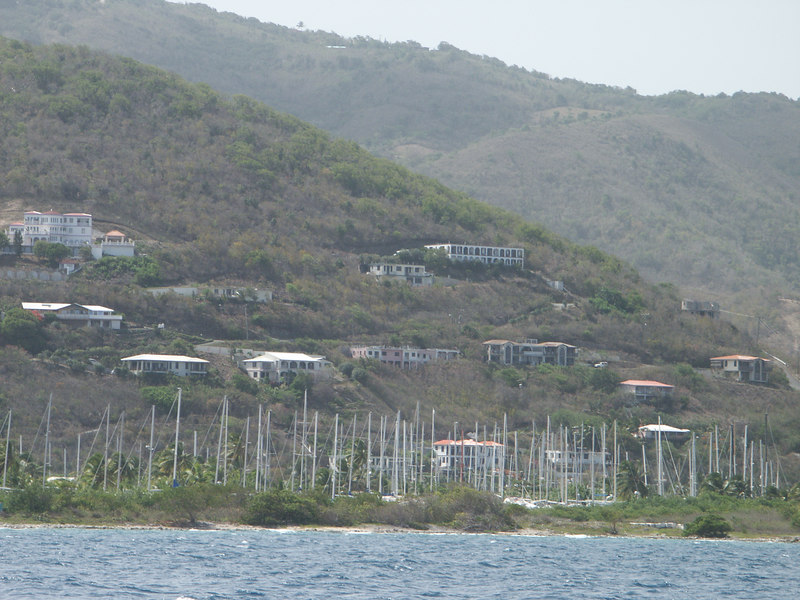 <b>Forest of masts in Road Town, Tortola</b>   (Jul 04, 2002, 02:54pm)