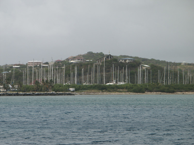 <b>Forest of masts and Church of Ursula, Spanish Town</b>   (Jul 04, 2002, 09:53am)