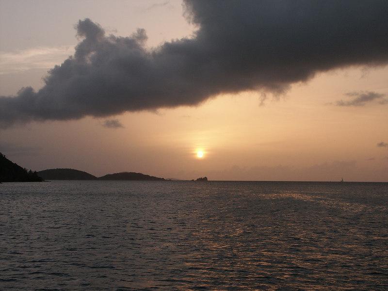 <b>Sunset from Cinnamon Bay</b>   (Jul 04, 2002, 06:45pm)