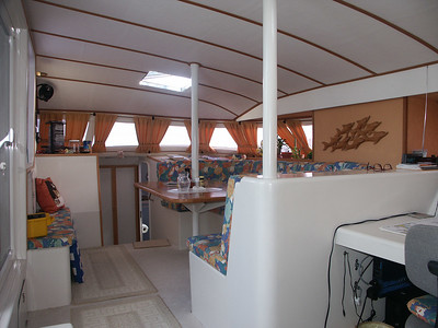 Inside the main cabin of Cat-Maudy   (Jul 05, 2002, 07:04am)