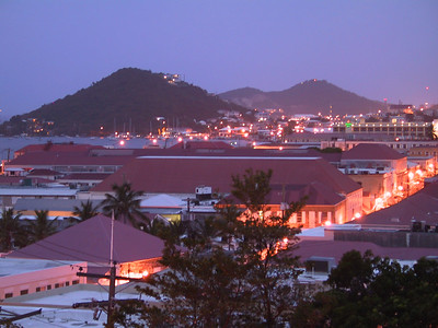 Main Street in Charlotte Amalie in early mornin   (Jun 29, 2002, 05:28am)