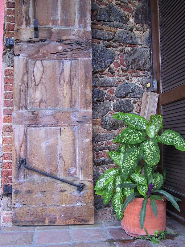 <b>Beautiful balcony door of our 1829 hotel room</b>   (Jun 29, 2002, 07:11am)