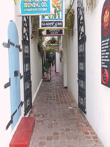 Side street in Charlotte Amalie shopping distri   (Jun 29, 2002, 08:20am)