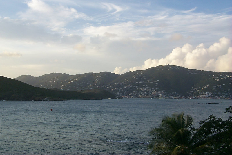 <b>Charlotte Amalie from Frenchmans Reef3</b>   (Dec 24, 2000, 05:14pm)