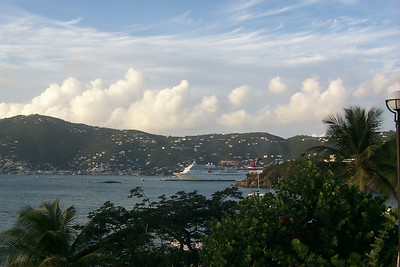 Charlotte Amalie from Frenchmans Reef1   (Dec 24, 2000, 05:13pm)