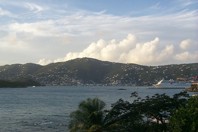 Charlotte Amalie from Frenchmans Reef2   (Dec 24, 2000, 05:13pm)