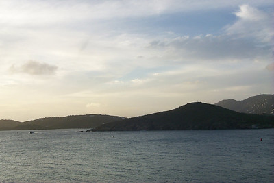 Charlotte Amalie from Frenchmans Reef6   (Dec 24, 2000, 05:15pm)