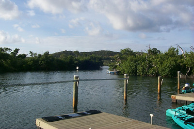 Kayak Docks at the Marine Sanctuary   (Dec 25, 2000, 08:35am)