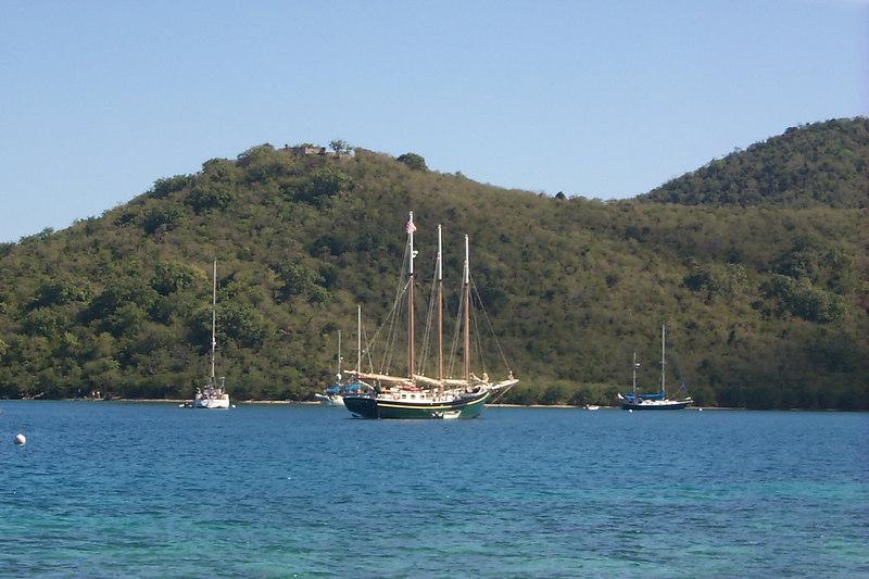 <b>Boats in Waterlemon Bay</b>   (Dec 26, 2000, 10:56am)