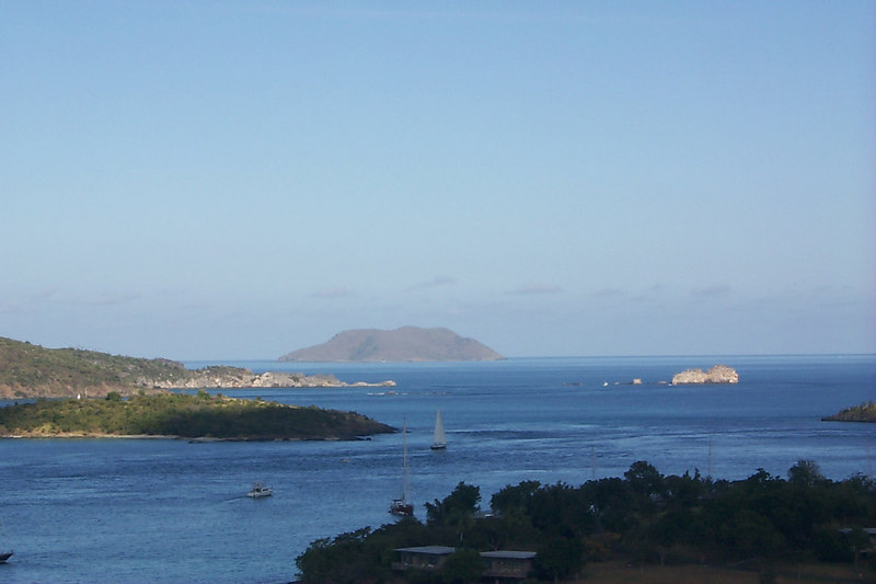 <b>Looking Past Caneel Bay</b>   (Dec 26, 2000, 09:56am)