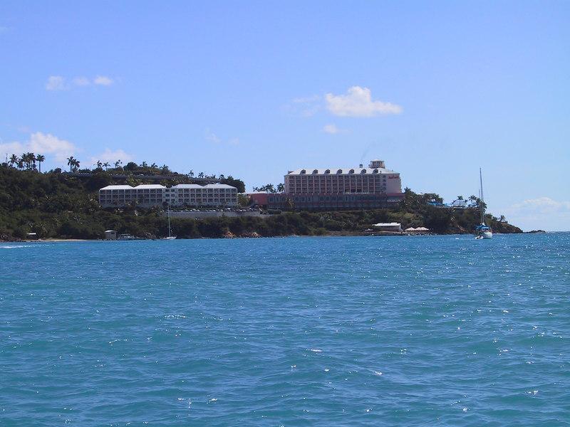 <b>Frenchmans Reef Hotel</b>   (Dec 27, 2000, 01:10pm)