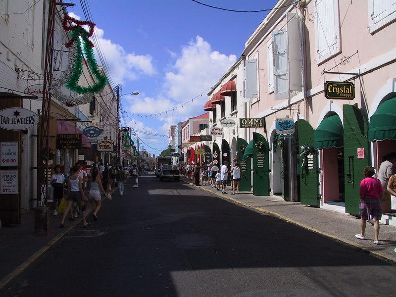 <b>Main Street Charlotte Amalie</b>   (Dec 27, 2000, 12:44pm)