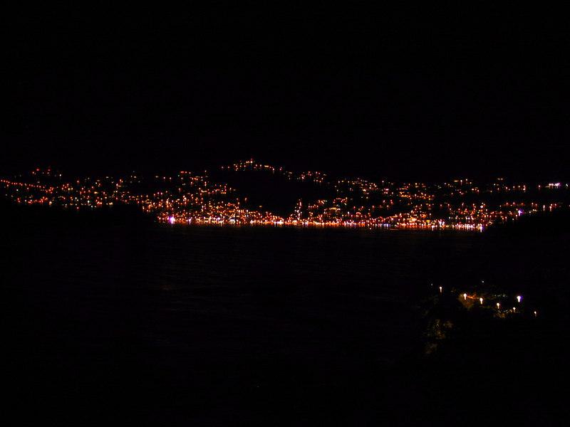 <b>Charlotte Amalie at Night</b>   (Dec 27, 2000, 07:27pm)