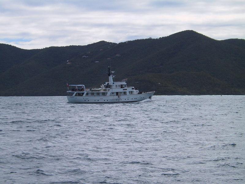 <b>Yacht</b>   (Dec 28, 2000, 11:03am)