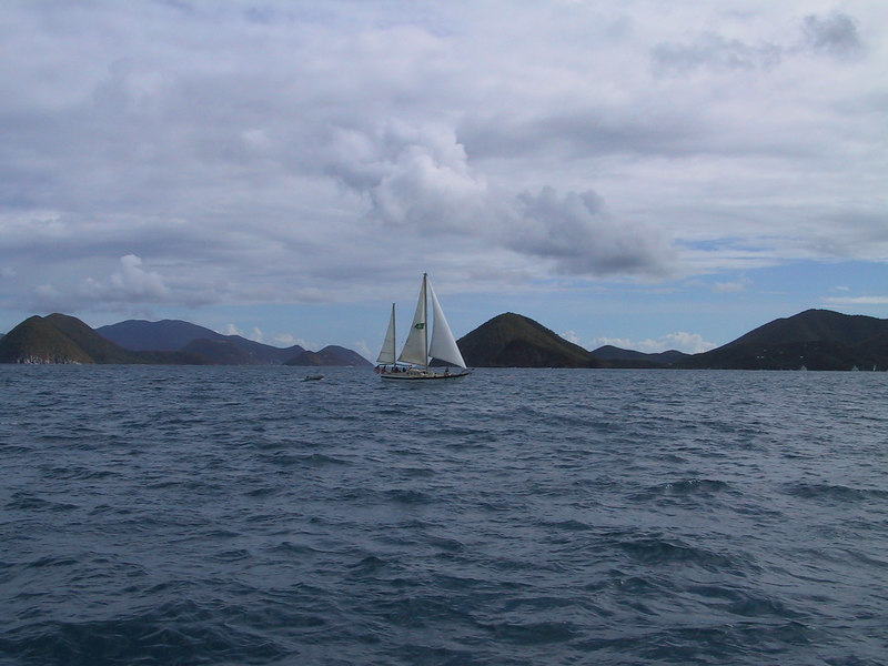 <b>Sailboat</b>   (Dec 28, 2000, 10:47am)