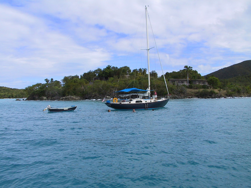 <b>Anchoring in Caneel Bay</b>   (Dec 28, 2000, 11:25am)