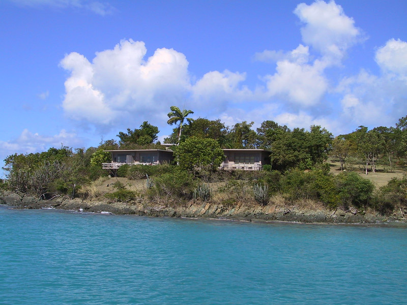 <b>Part of the Caneel Bay Resort</b>   (Dec 28, 2000, 01:12pm)