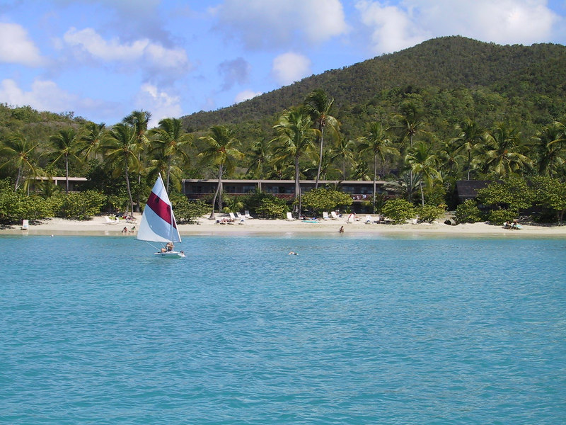 <b>Caneel Bay Resort</b>   (Dec 28, 2000, 01:14pm)