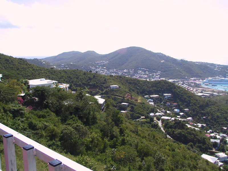 <b>Charlotte Amalie1</b>   (Dec 29, 2000, 11:06am)