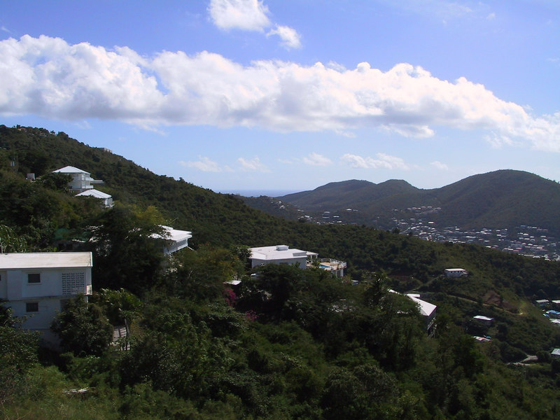 <b>Hills near Charlotte Amalie</b>   (Dec 29, 2000, 11:08am)
