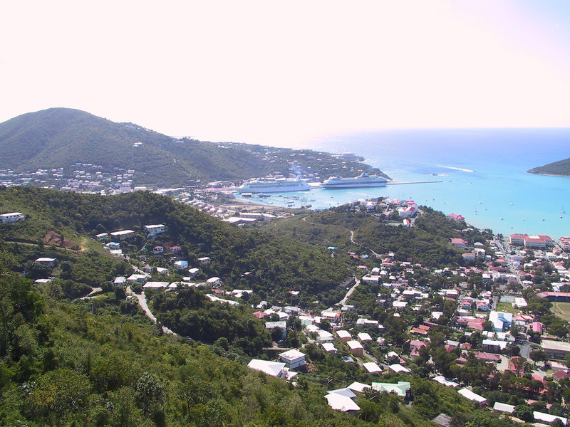 <b>Charlotte Amalie2</b>   (Dec 29, 2000, 11:06am)
