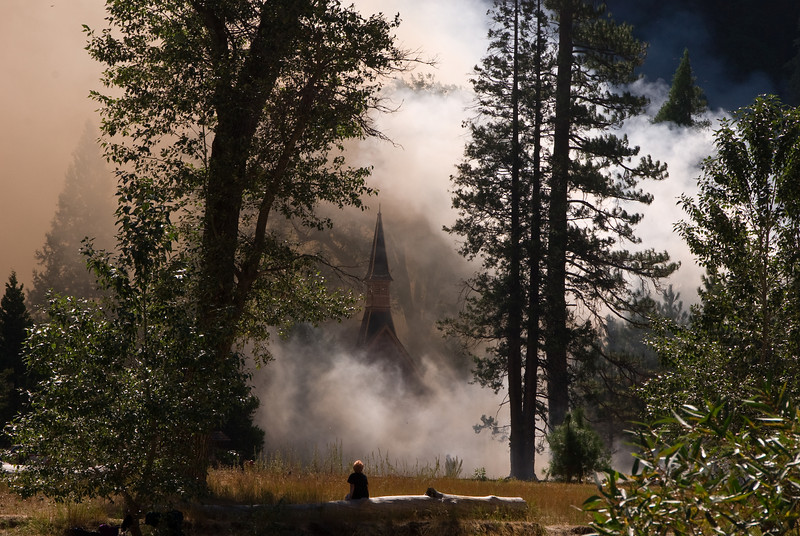 <b>Watching smoke around church in Yosemite Valley</b>   (Sep 18, 2007, 10:19am)