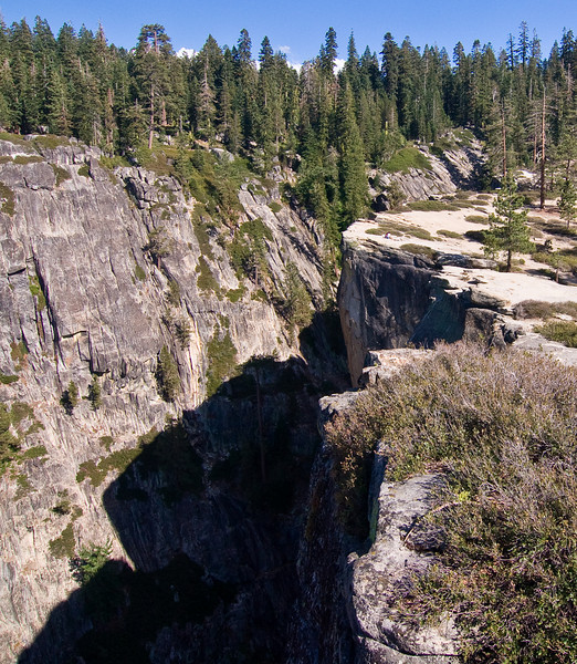 <b>The Fissures from Taft Point</b>   (Sep 16, 2007, 02:41pm)