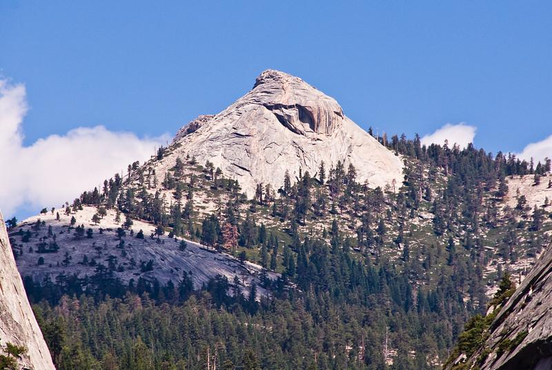 <b>Clouds Rest from John Muir Trail</b>   (Sep 17, 2007, 11:55am)