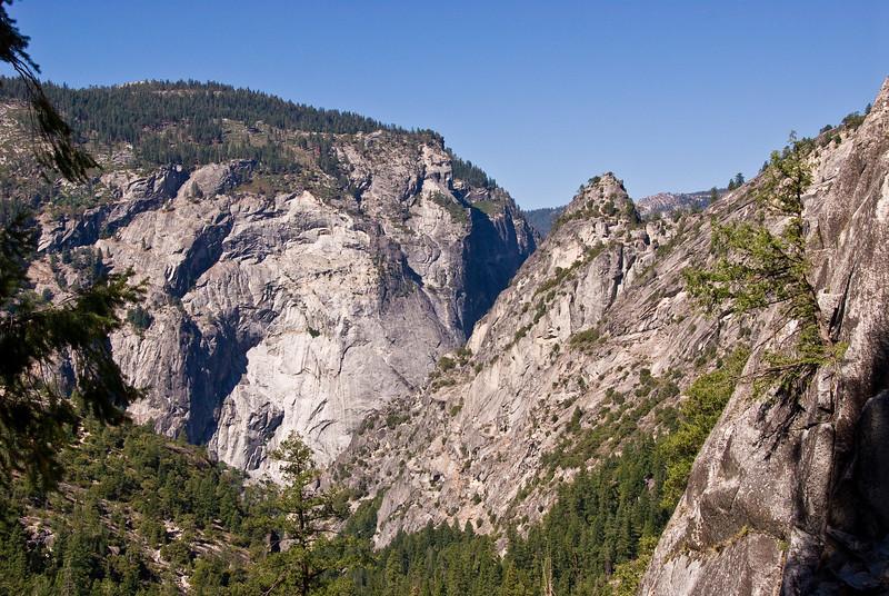 <b>Sierra Point and Merced River valley</b>   (Sep 17, 2007, 10:19am)