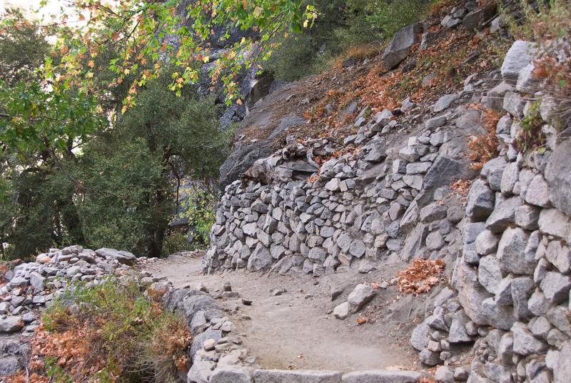 <b>Section of John Muir Trail</b>   (Sep 17, 2007, 12:18pm)