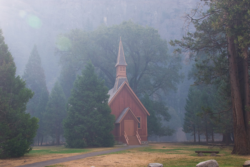 <b>Church in Yosemite Valley</b>   (Sep 19, 2007, 08:24am)  This was the church that was at the edge of the controlled burn, and which had to be watered down during the burn.