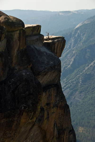 <b>Closeup of Taft Point</b>   (Sep 16, 2007, 02:48pm)