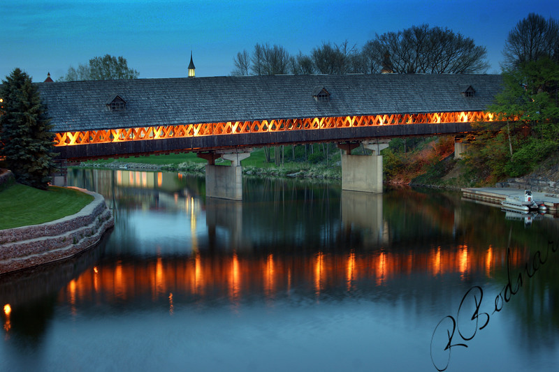 Photo By Bob Bodnar..................................................Frankenmuth MI.
