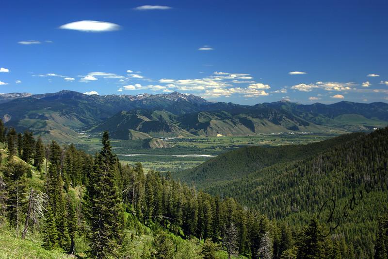 Photo By Bob Bodnar.....................................View of the Grand Tetons Mountain Range