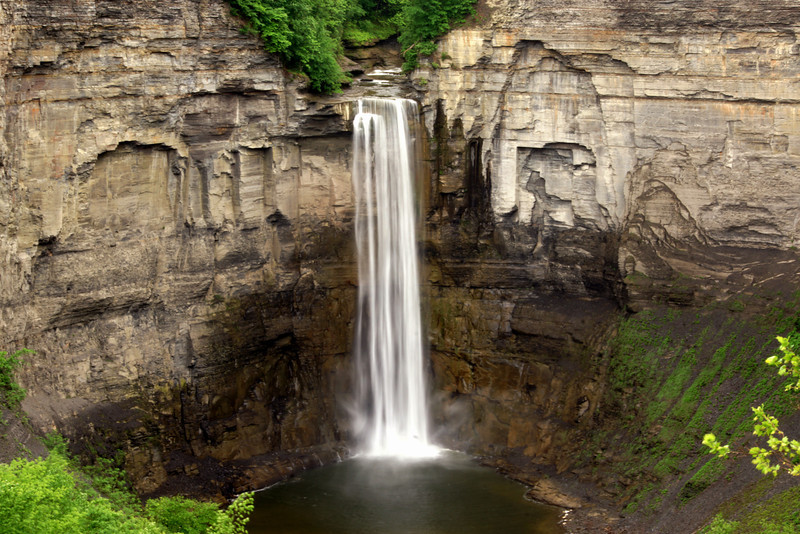 Photo By Bob Bodnar ........ Taughannock Falls, Taughannock Falls State Park  Ithaca, New York