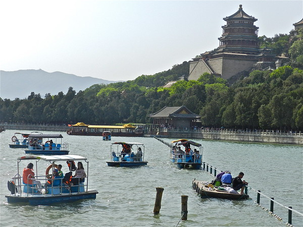 Serene Kunming Lake ..At the Summer Palace