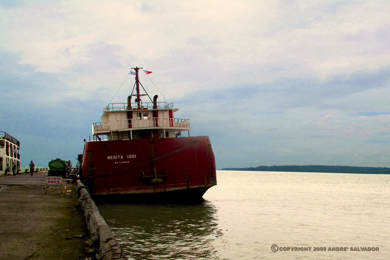 A view of Dumangas Port during the lazy hours when the ferries have left.
