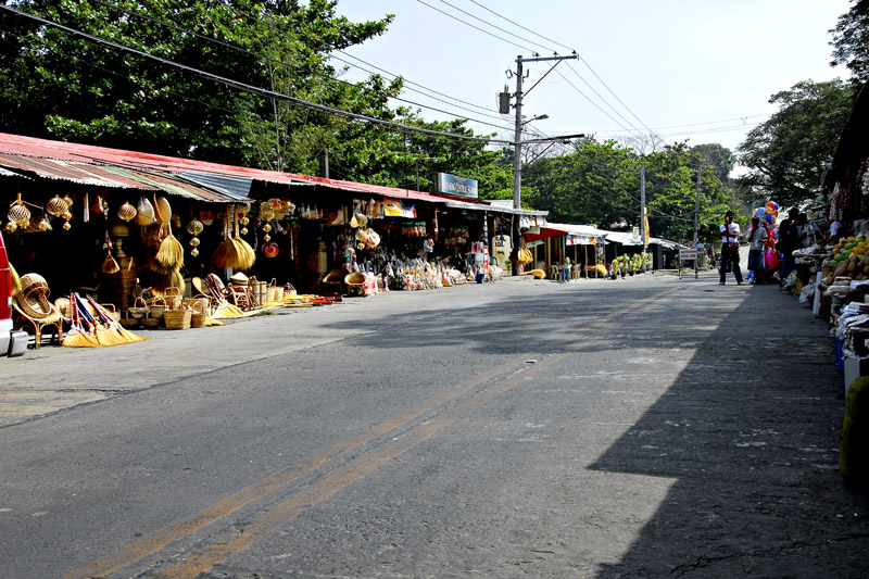 The streets around the church ground are lined with stores that sell handicrafts and food.