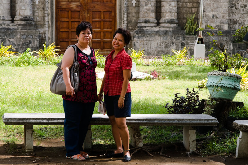 Beth  chatting with her cousin Maria Luisa in front of Molo Church