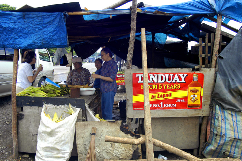 A picture taken as we stopped to buy corns at one of the roadside stand.