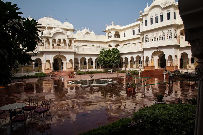 Nahargarh Hotel Ranthambhore built from model of Maharaja's Palace