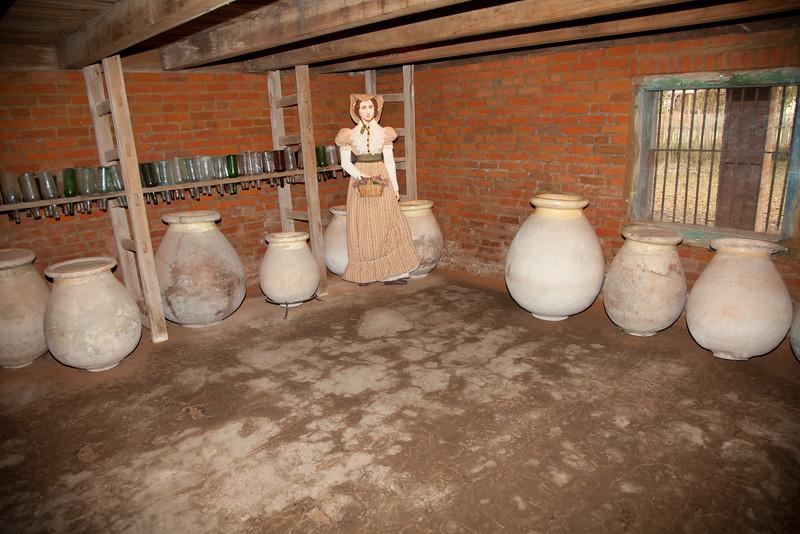 olive jars, Laura Plantation