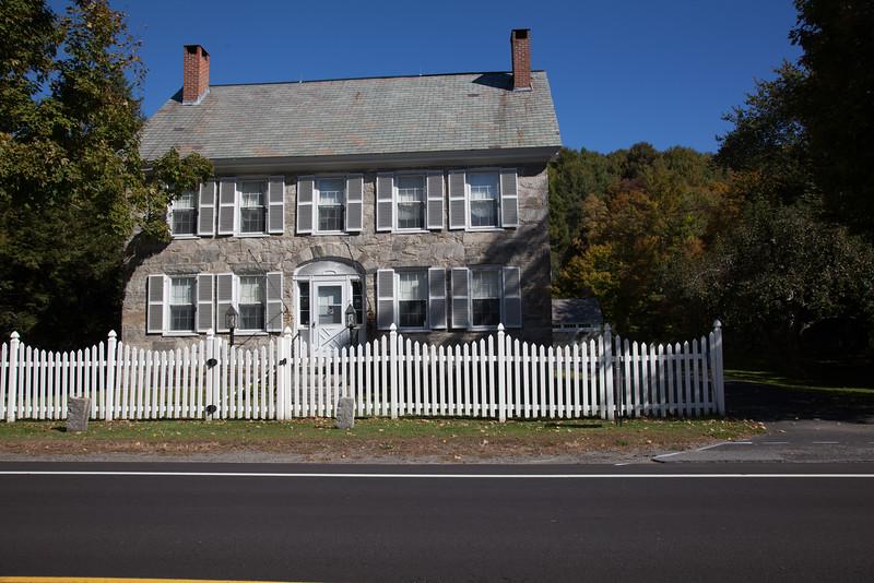 Scottish settler houses in Vermont (stone)